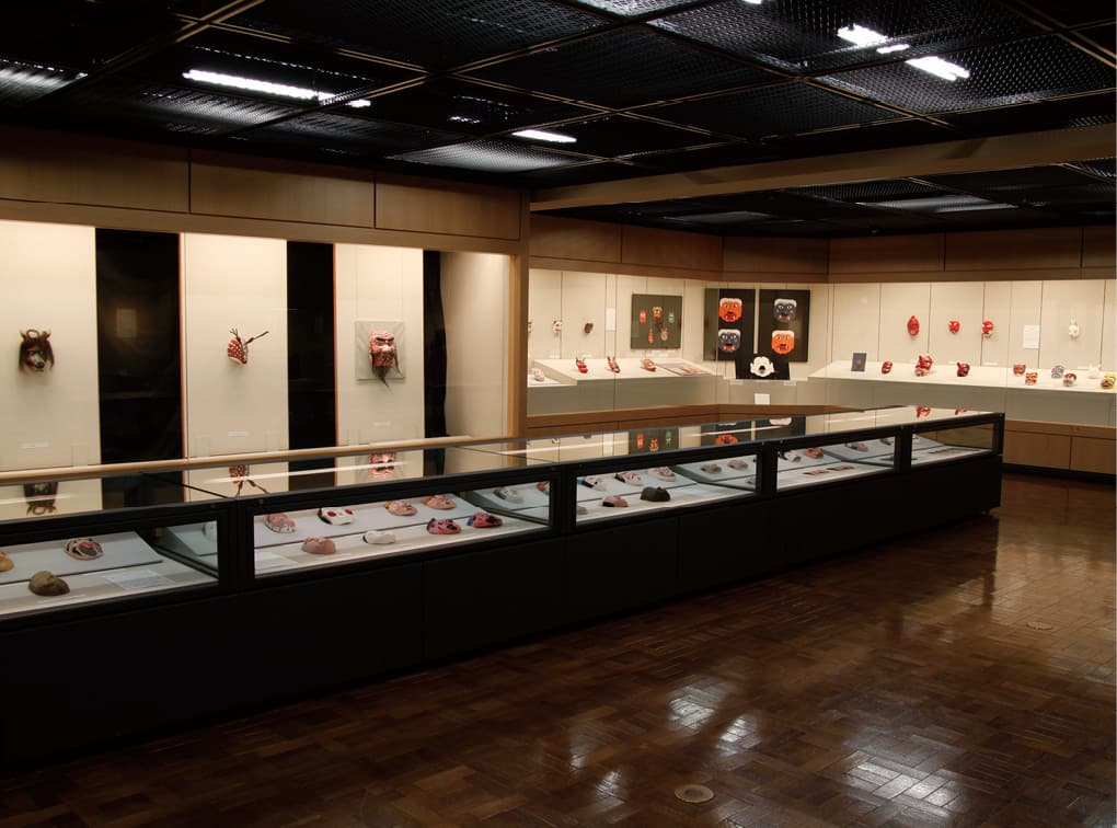 写真:嵯峨美術大学・嵯峨美術短期大学附属博物館