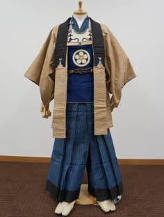 写真下嵯峨・小山家旧蔵の火事装束